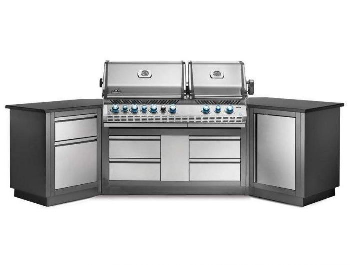 Napoleon Oasis 200 Grill Island with Prestige Pro 825 Grill